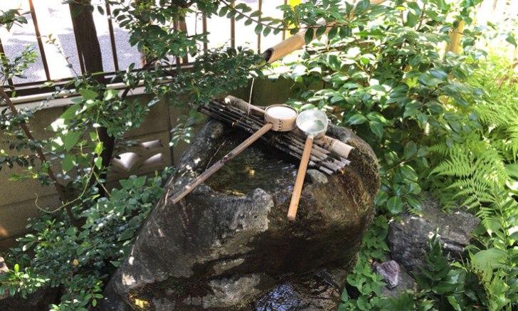 新宿 歌舞伎町 稲荷鬼王神社 水琴窟