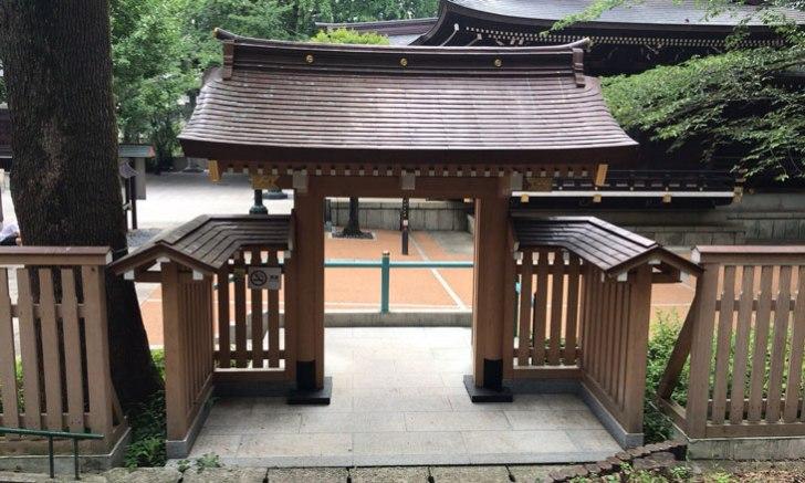 西新宿 十二社熊野神社 東神門