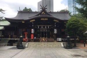 西新宿のパワースポット!新宿一帯の守り神『十二社熊野神社』に参拝してきた