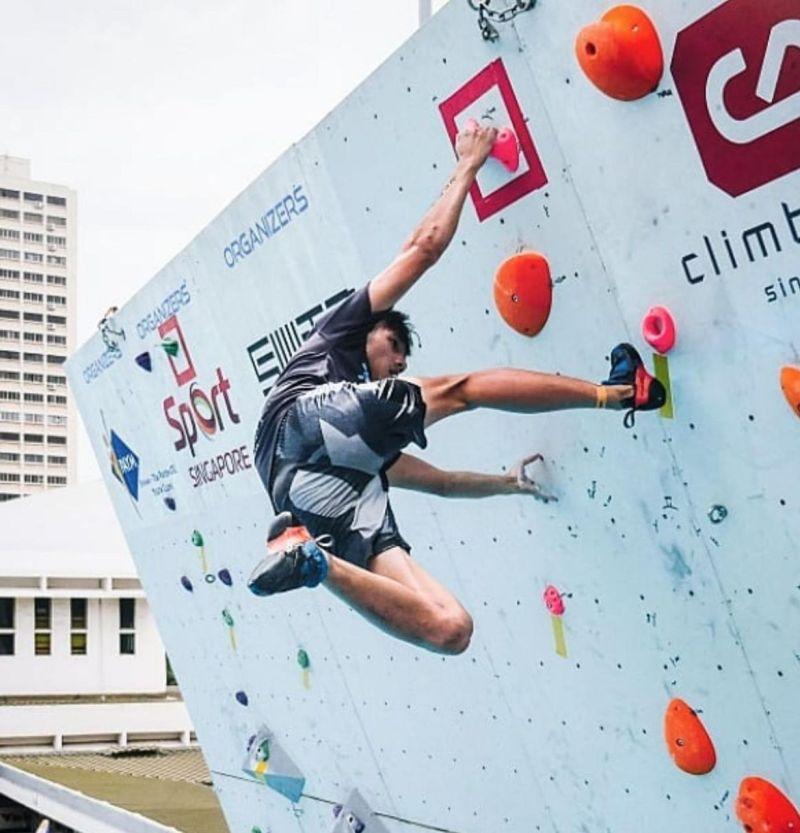 rock climbing captain medical school