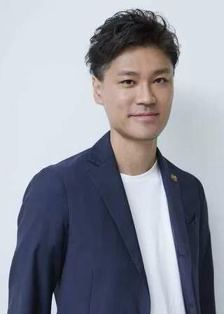 鈴木 歩 Ayumu Suzuki 代表取締役社長CEO