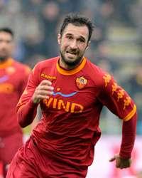 Mirko Vucinic, attaccante della Roma (Getty Images)
