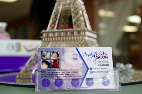 Azul Violeta Salon.