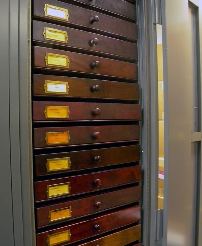 old-drawers