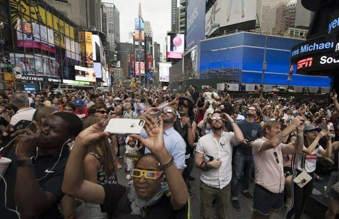 eclipse-times-square