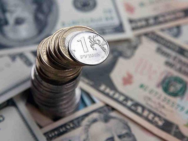 Доллар и евро взлетели в цене