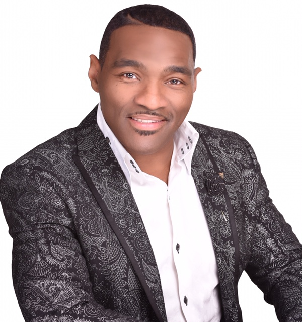 Earnest Pugh Wants To Sign With You!