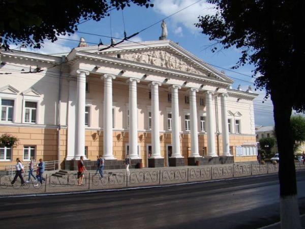 Театр імені Миколи Садовського, Вінниця — фото, опис, адреса