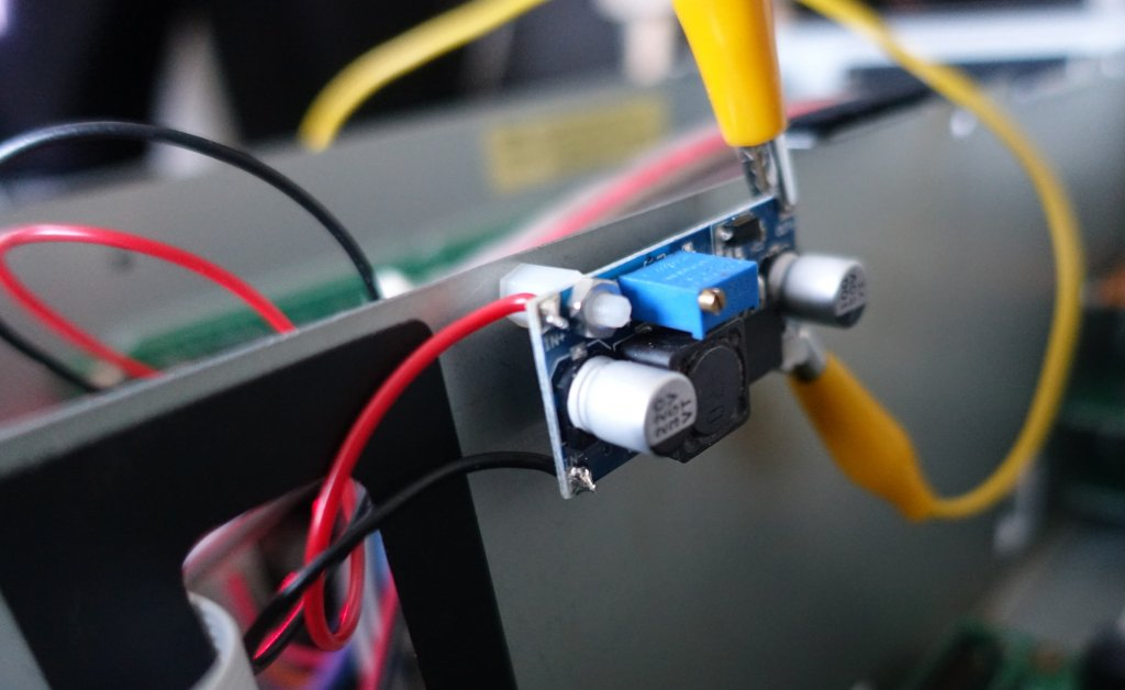 S3200XL XL6009 step-up voltage converter