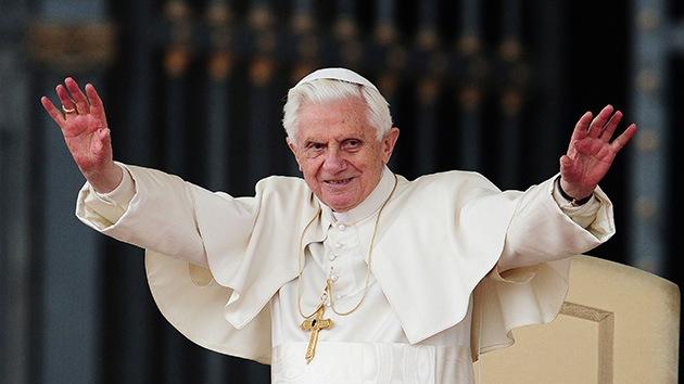 ¡Siempre renuncias, Benedicto!
