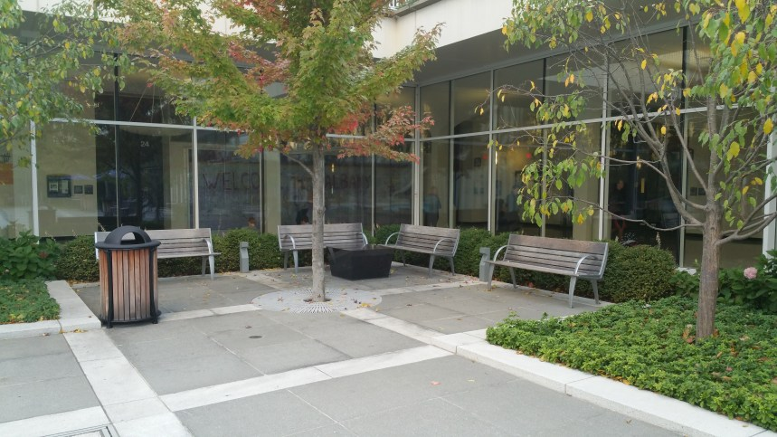 fountain-seating