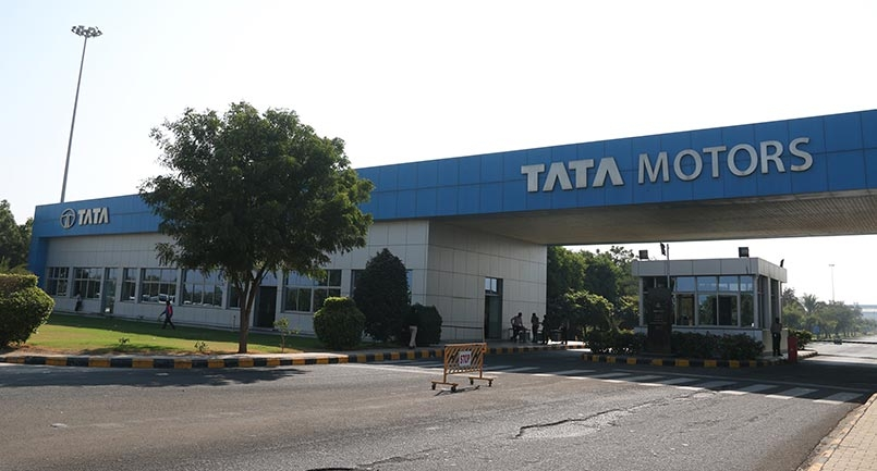 Amid ongoing countrywide lockdown to protect consumers interest TATA motors extends the warranty and free service period for passenger vehicle owners.
