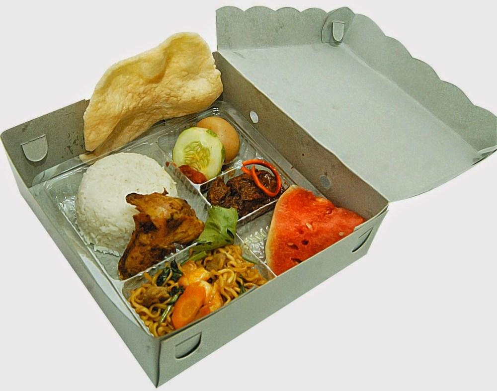 Hasil gambar untuk nasi kotak