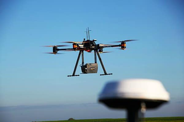 LiDAR-drones-scanning