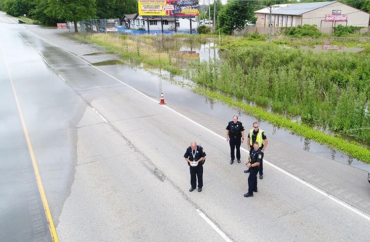 gurnee-police-flood