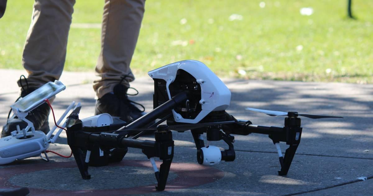 drone pilot salary