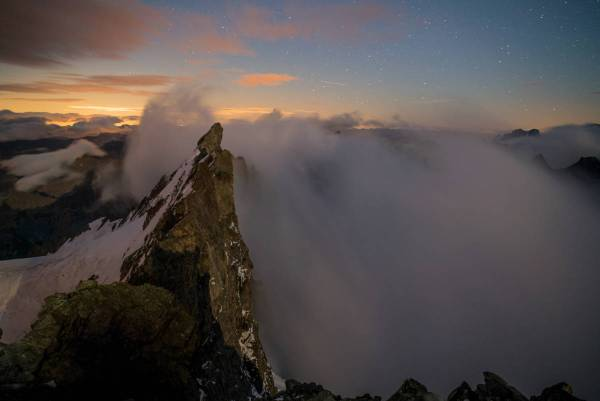 Ciel étoilé au sommet de la Meije