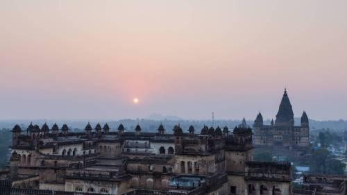 Coucher De Soleil Sur La Palais Jahangir Mahal En Inde