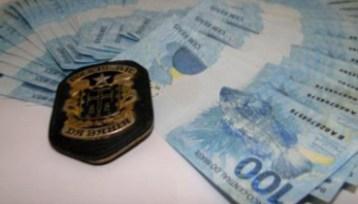 Ubaitaba  Comercio é atingido por derrame de dinheiro falso 29 de ... b91792cd110