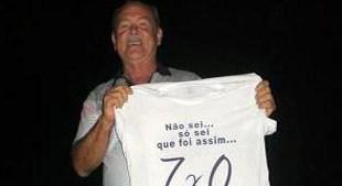 Manoel Vitorino: Prefeito desfila em carro aberto após vitória no TRE-BA