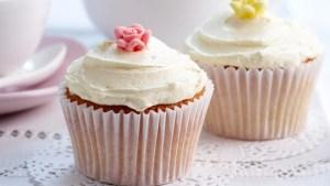 iced-cupcakes