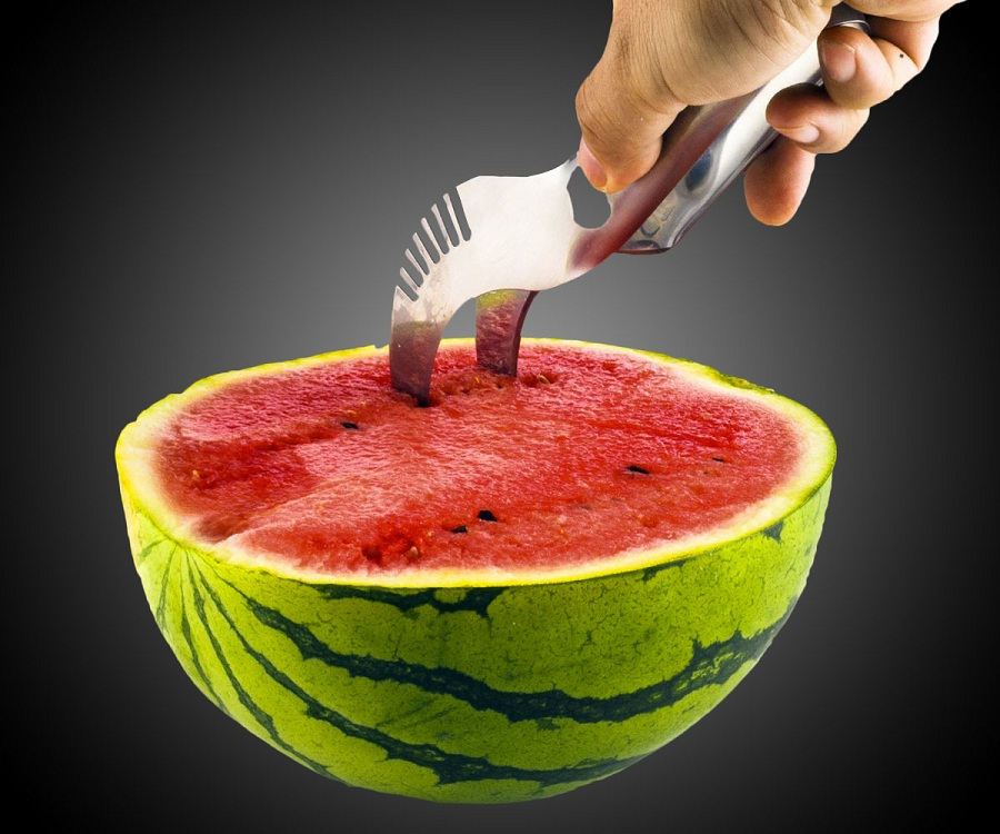 Watermelon Slicer by Comenzar is too good!