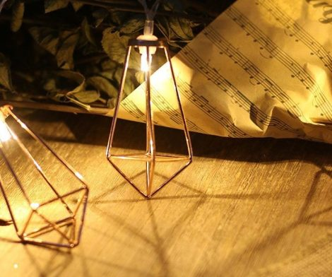 Ling's moment 5Ft Rose Gold Geometric Boho LED