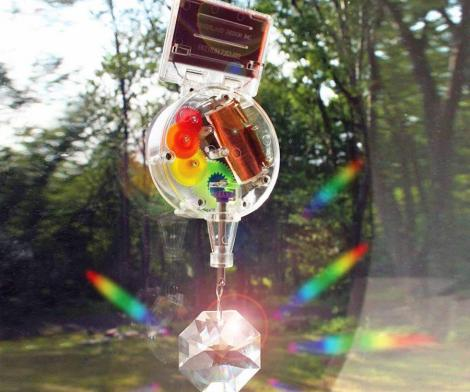 Solar-Powered Double Rainbow Maker
