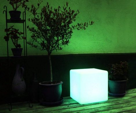 Mr.Go LED Color-Changing Cube