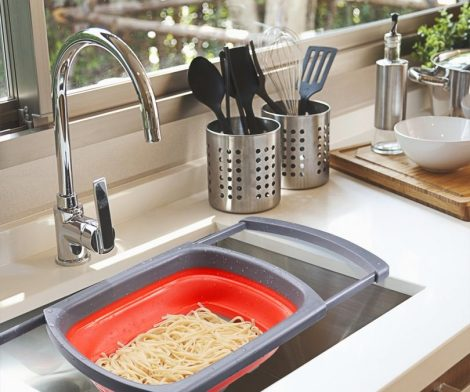 Kitchen Collapsible Colander With Steady Base For Standing