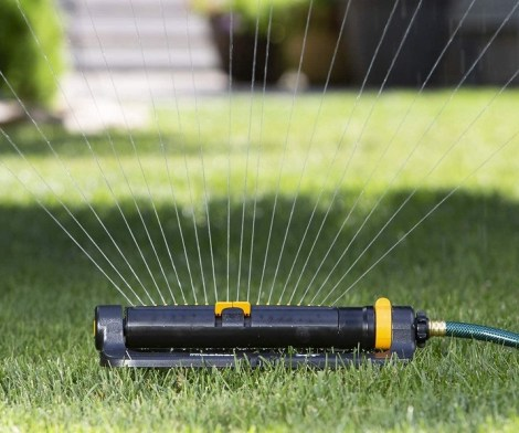 Melnor Turbo Oscillating Sprinkler with 2-Way Adjustment