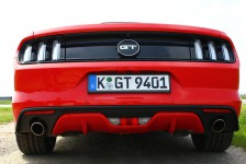 Ford Mustang GT_010