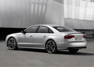 Audi S8 Plus_005