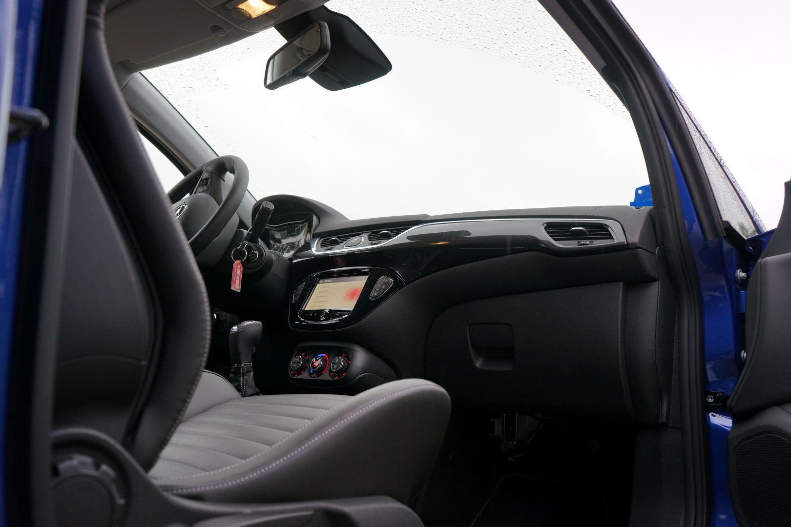 Opel Corsa E OPC Interieur — Ubi Testet