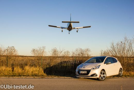 Peugeot 208GTi_020
