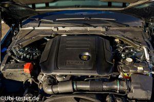 Jaguar XE 2.0d_027