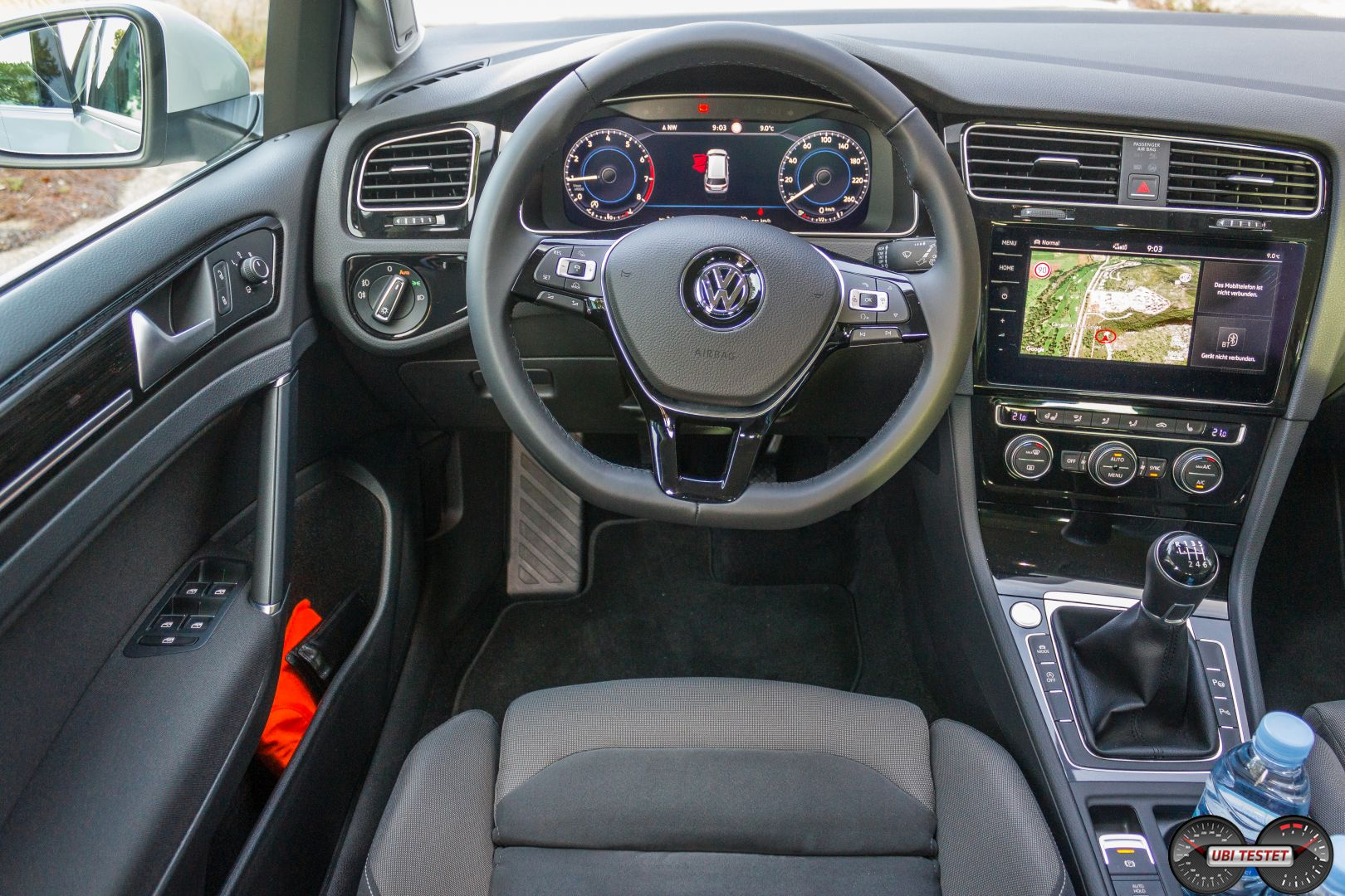 Vw golf 7 interieur 2017 ubi testet for Interieur golf