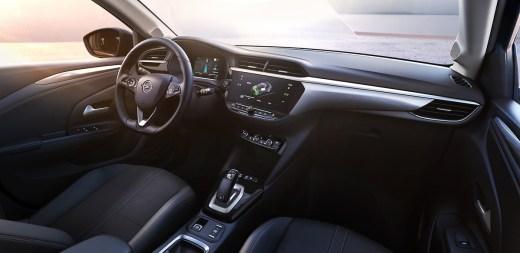 Opel Corsa F Innenraum