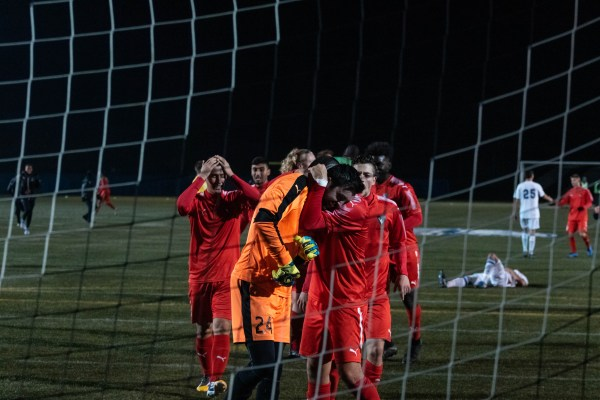 Hurting on home soil: Thunderbirds' men's soccer lose to ...