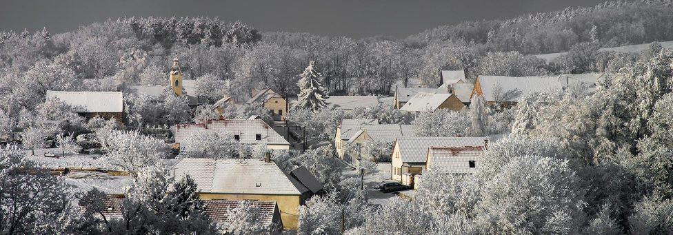 U-Mišpule_Ubytování-Čížov_Národní-park-Podyjí_Čížov_zima-2007_100x35cm