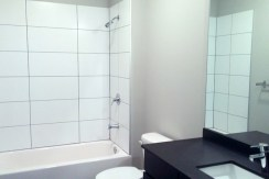 29g-unit-206_2-3-fl-bath-gallery