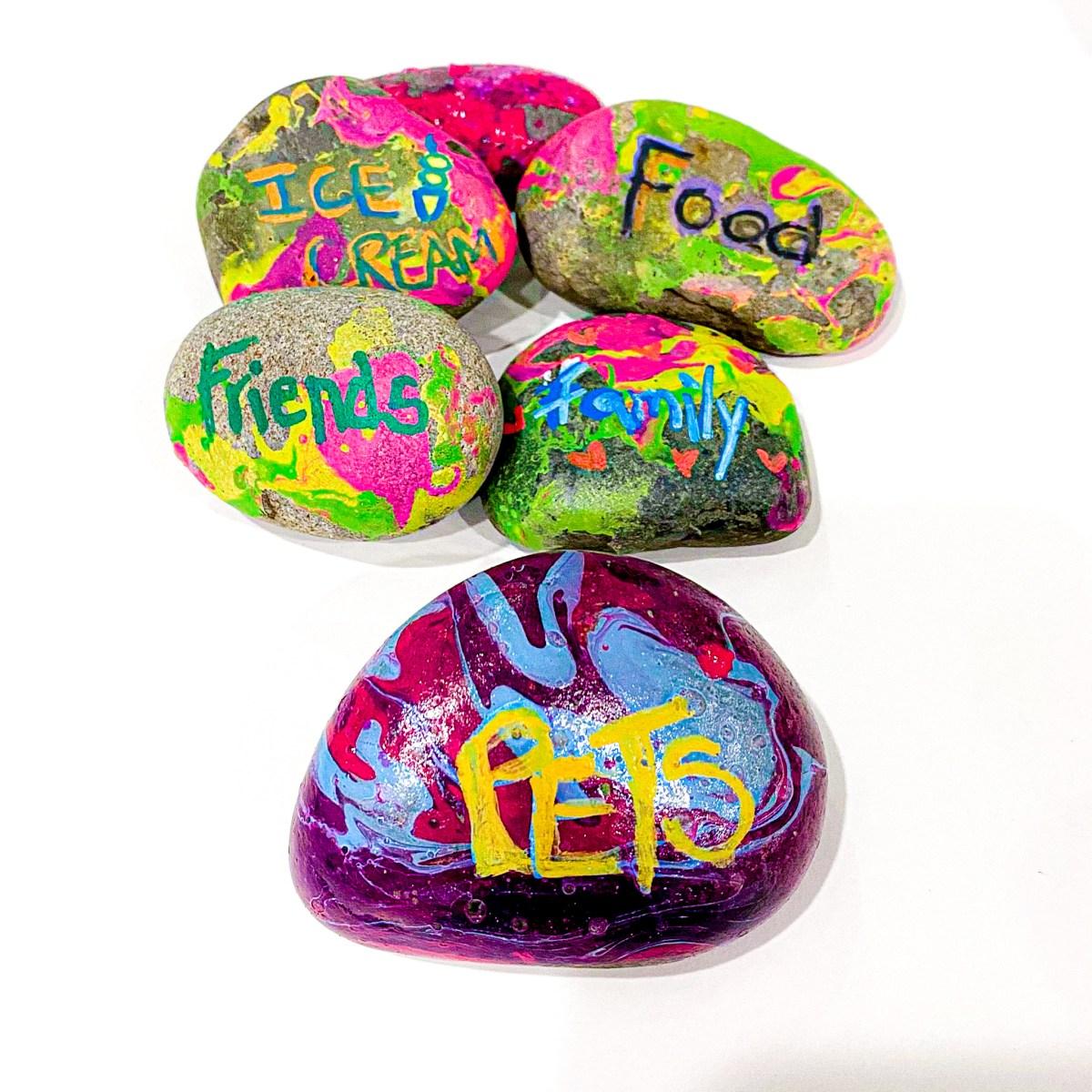 DIY Marbled Thankful Rocks