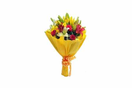 Red and Yellow Mix flowers Hand Bunch