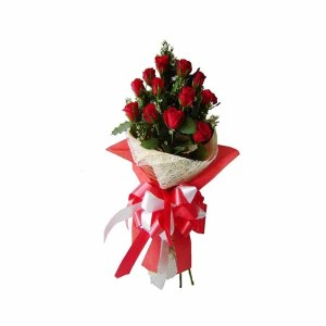 15 Red Roses Special Hand Bunch