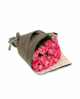 Pink Roses hand bunch with Special Packing