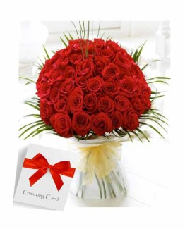 Red Roses Hand bunch with a Card