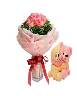 Pink Roses special Hand Bunch with Teddies
