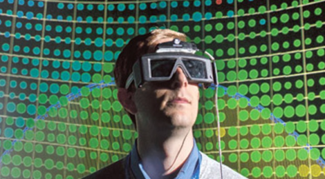 The User Experience in Immersive Virtual Environments