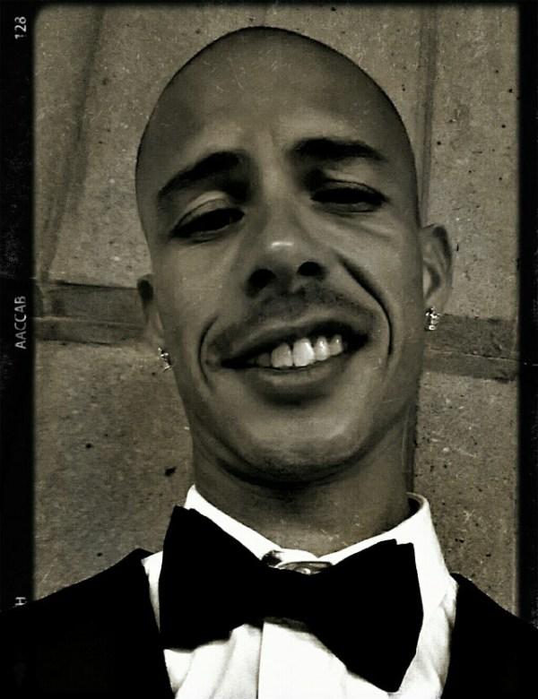 Xavier Madera Selfies | Uccellino Jewelry