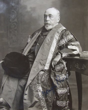 Sir Christopher Nixon (1849-1914). Courtesy of RCPI Heritage Centre.